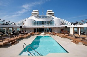 seabourn-quest-swimming-pool
